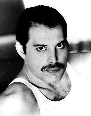 Freddie_mercury01