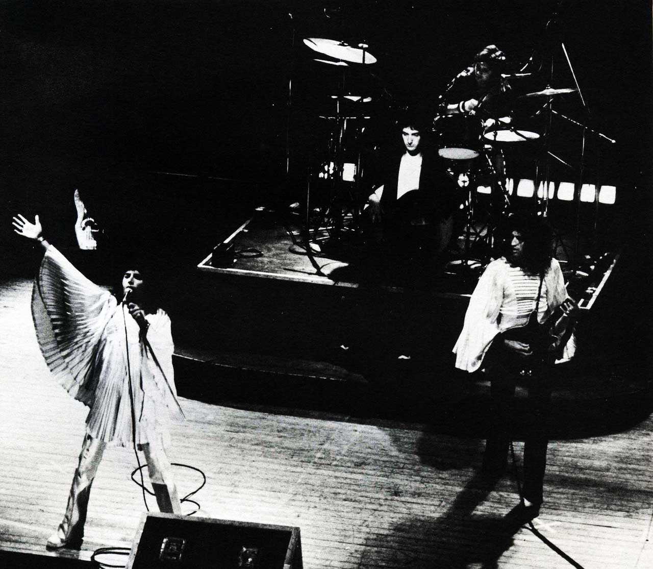 Queenlivein1974