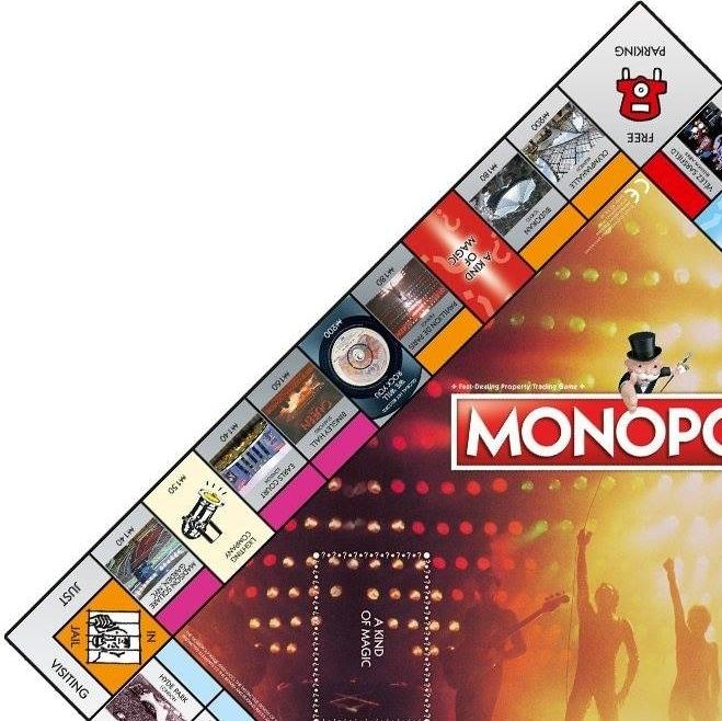 Queen_monopoly_3